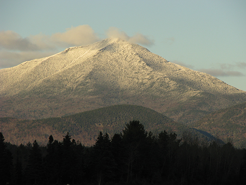 Whiteface_Mountain_from_Lake_Placid_Airport